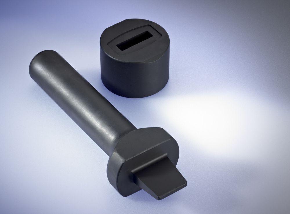 Einschlagstempel für eckige Ösen, 38 x 8 mm